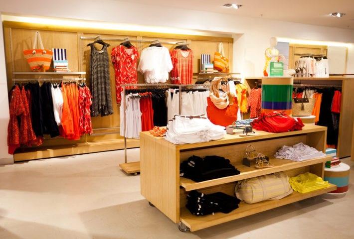 visual merchandising display colors