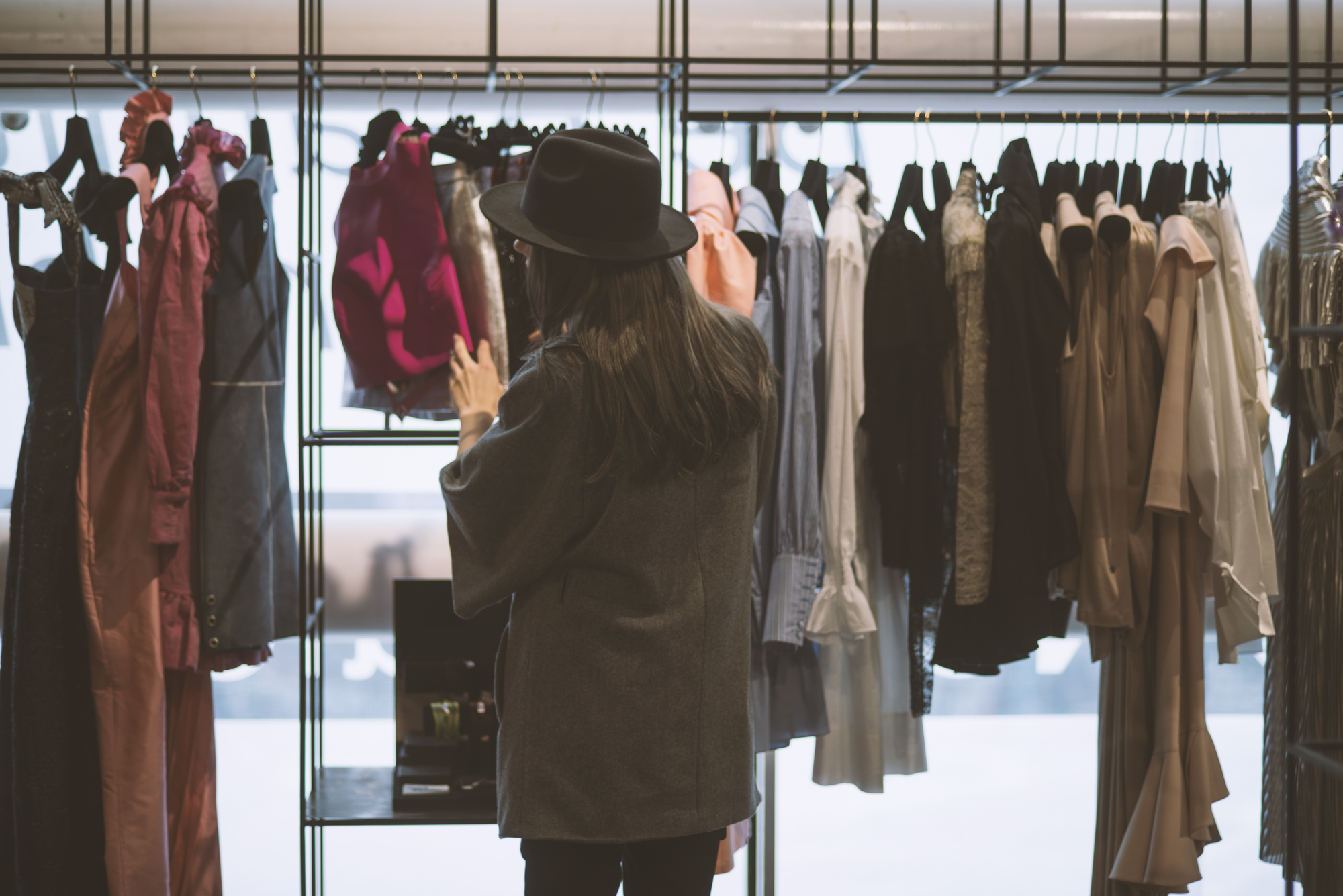 retail shop fittings and accessories